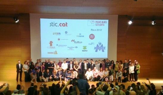 Foto de família dels blocaires guanyadors dels Premis Bloca Catalunya 2012. Foto: L'ombra d'un somni