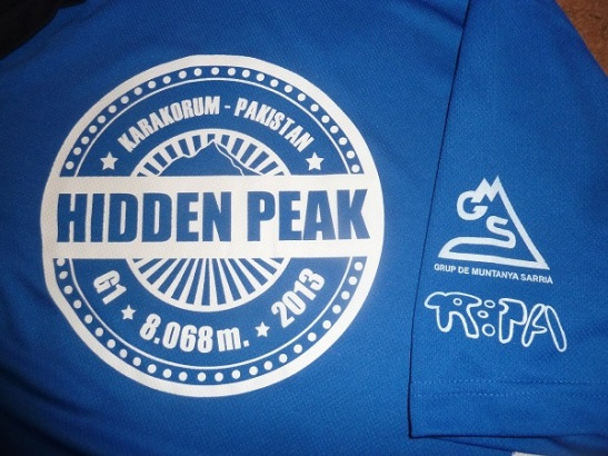 grup_muntanya_sarria_samarreta_hidden_peak_2013