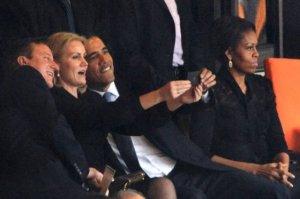 selfie_Obama_Cameros_funeral_Mandela